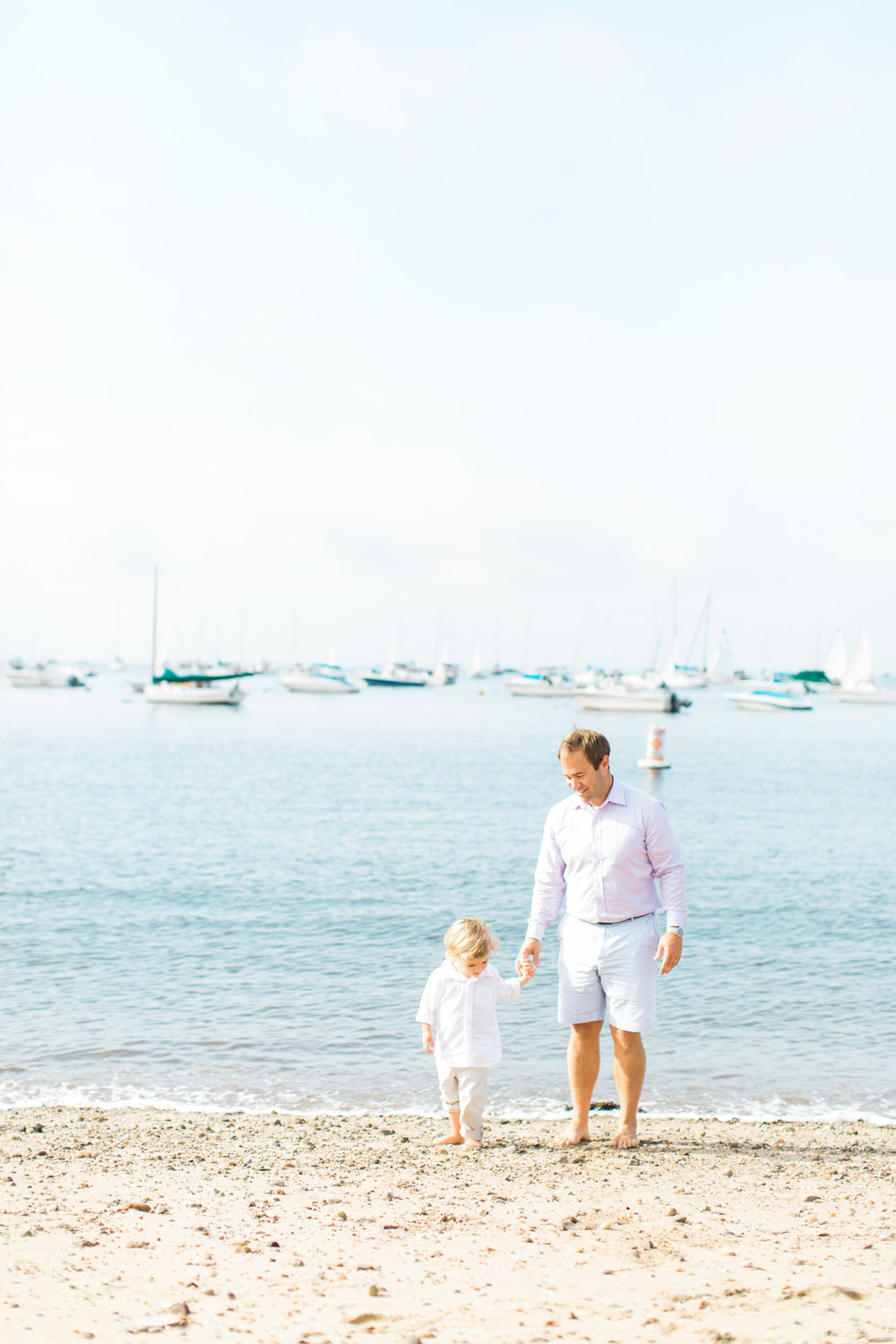Fairfield-County-Darien-Pear-Tree-Point-Beach-Family-Photography-Natural-Light-dad