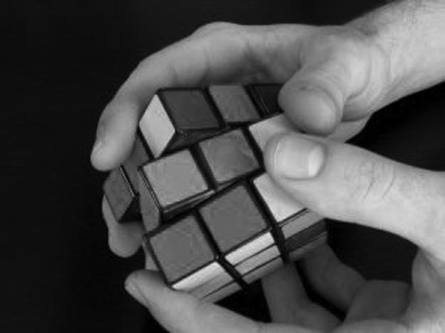 solving-rubiks-cube2.jpg