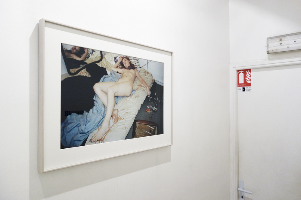 Installation view mauvais genre, supermodels? untitled the morning, 30 cm x 20 cm, c-print, mounted on aluminium, 1995 - 1998.