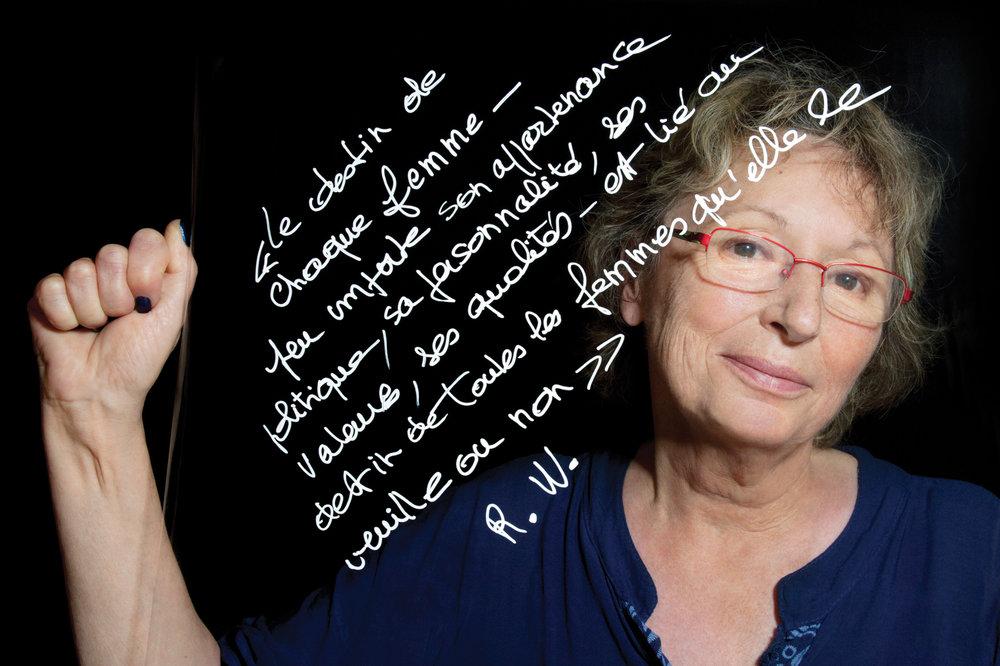 """Anne-Marie Viossat, militante, activiste féministe et musicienne. """"Le destin de chaque femme ‒ peu importe son appartenance politique, sa personnalité, ses valeurs, ses qualités ‒ est lié au destin de toutes les femmes qu'elle le veuille ou non"""". Extrait d'un texte de conférence """"Le féminisme contemporain dans la culture porno: ni le playboy de papa, ni le féminisme de maman"""" de Rebecca Whisnant, auteure et professeur à l'Université de Dayton.© PORTRAIT-PAROLE 2016."""