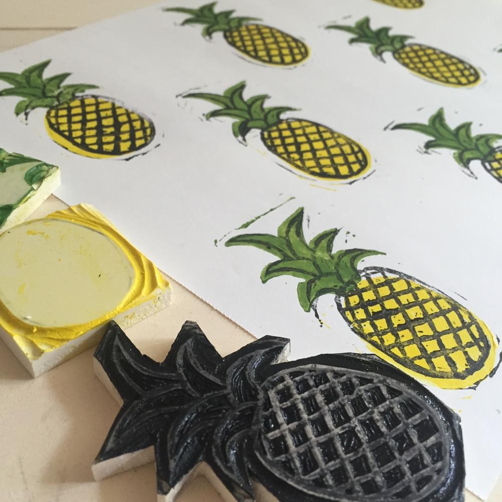 Corrie_Hogg_pineapple.JPG