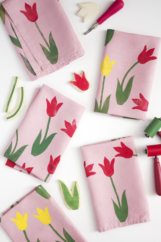 block_print_tulip_napkin_DIY_13.jpg