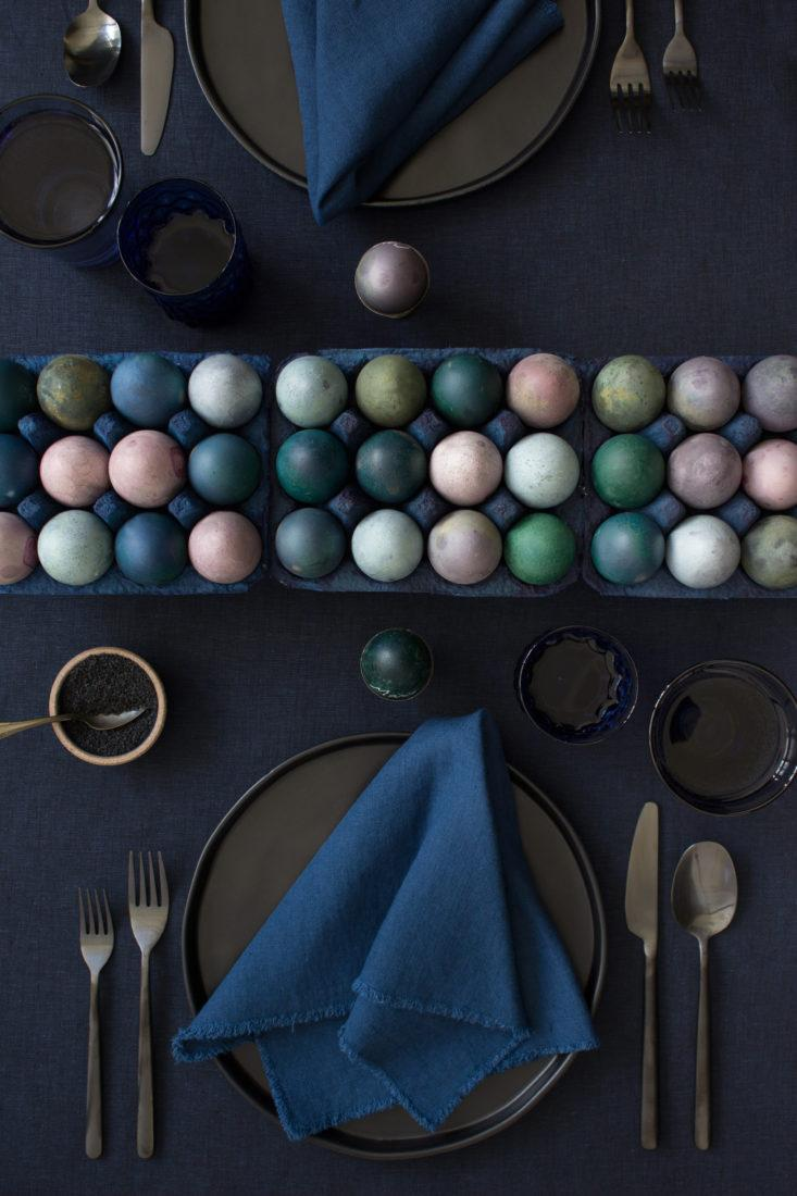 natural-pigment-dyed-easter-eggs-diy-by-david-stark-lined-in-cartons-733x1100.jpg