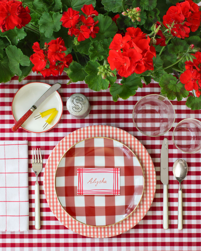 062017-gingham-table-lead.jpg