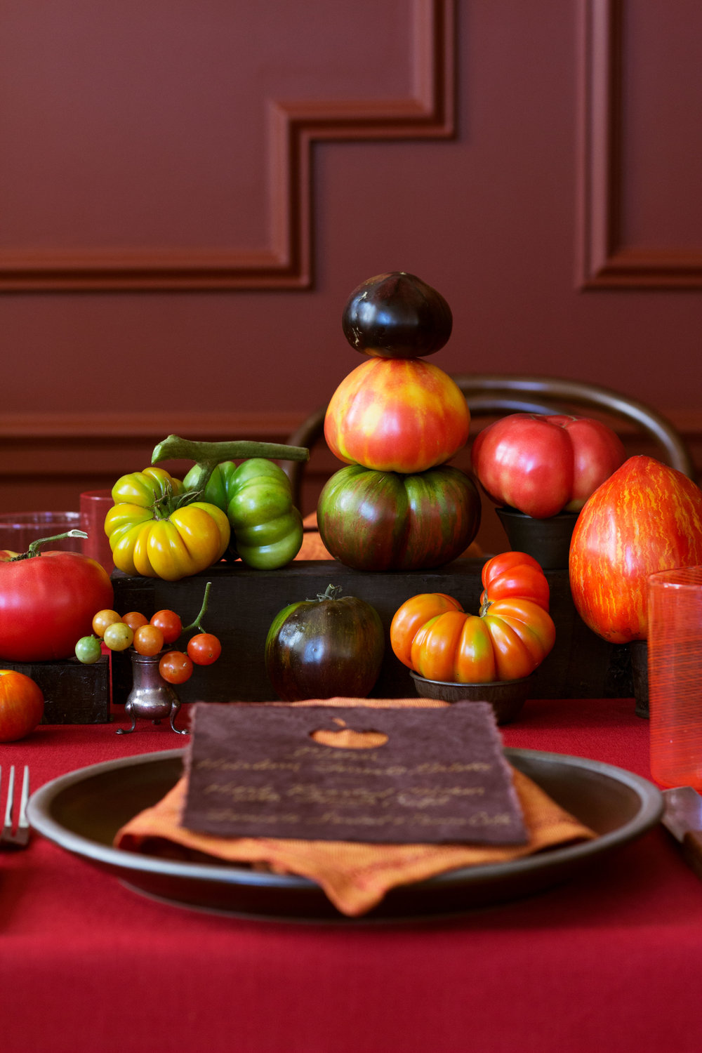 DavidStarkDesign_tomatoes_table_place_setting.jpg