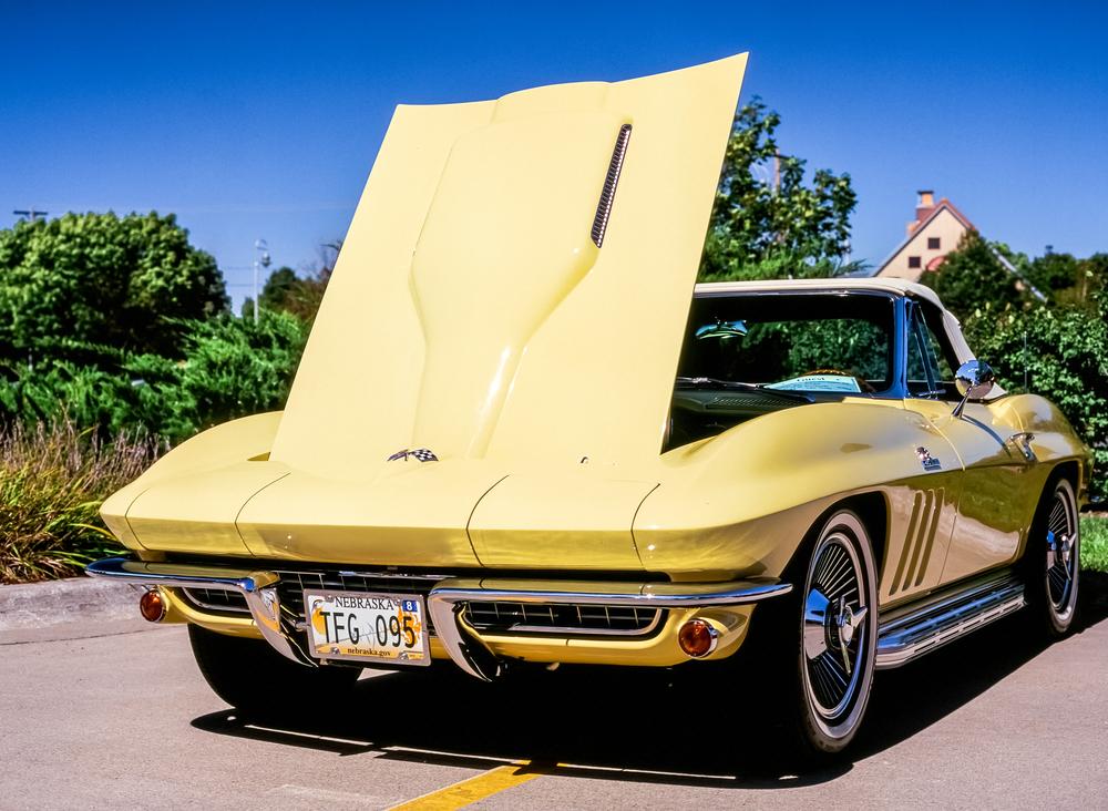 yellow vette 2.jpg