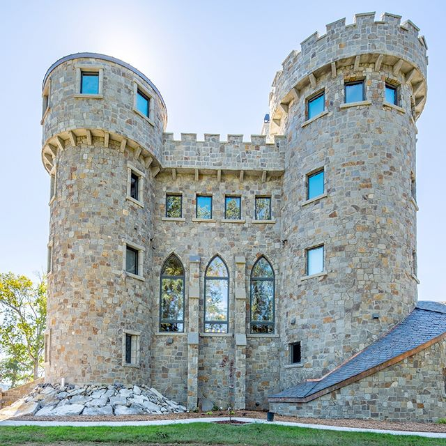 Here's an amazing castle we photographed last fall. It was pretty incredible. Can you imagine living here? #castle #gameofthrones #architecturephotography #architecture #interiors #riverstreetarchitecture #home