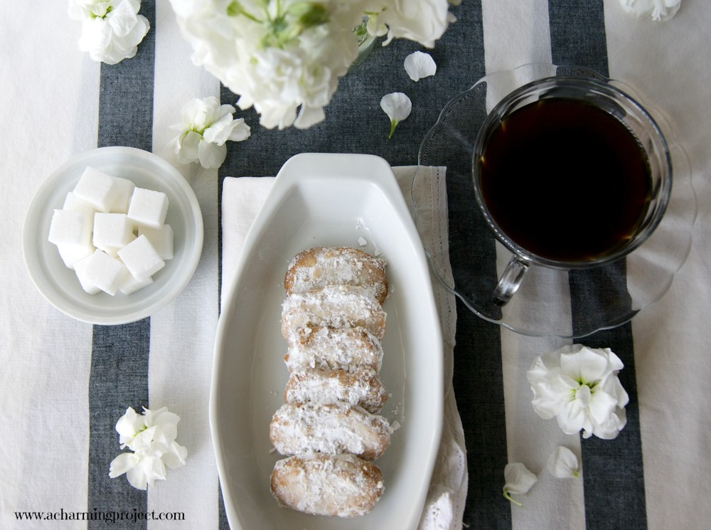 rum and almond cookies via www.acharmingproject.com