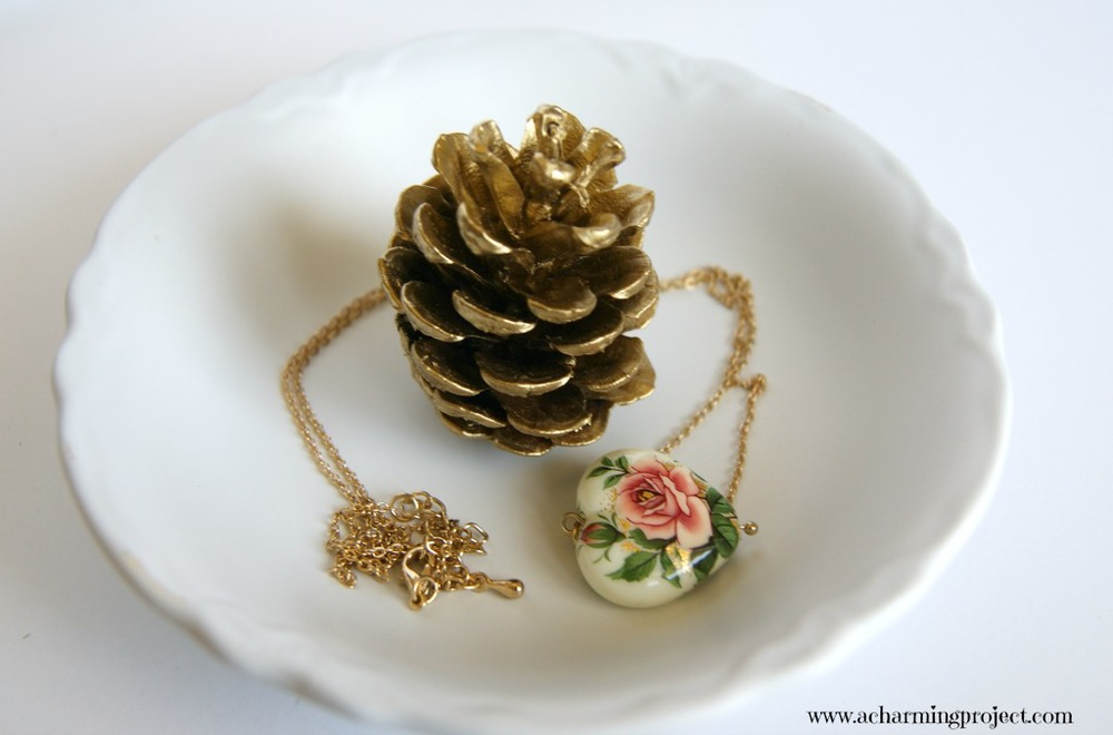3 ways to make a chic jewelry dish for your treasures via www.acharmingproject.com