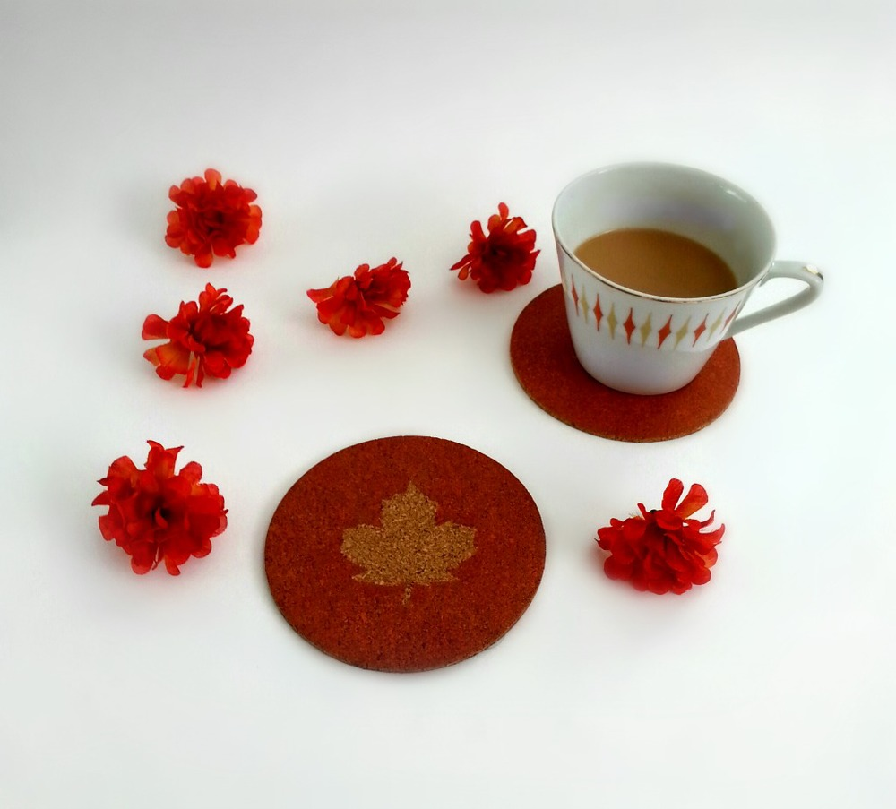 Maple Leaf Coasters via www.acharmingproject.com