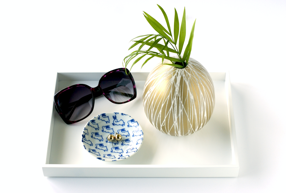 DIY Home Decor Accents: Modern DIY Vase from West Elm
