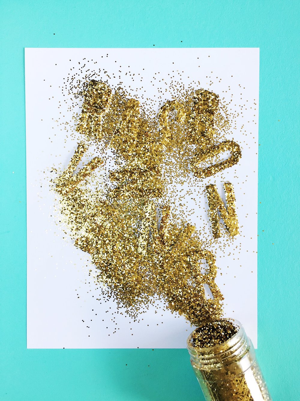DIY Glitter Celebration Sign - Celebrating PopSugar's Must Have Box Turning 5