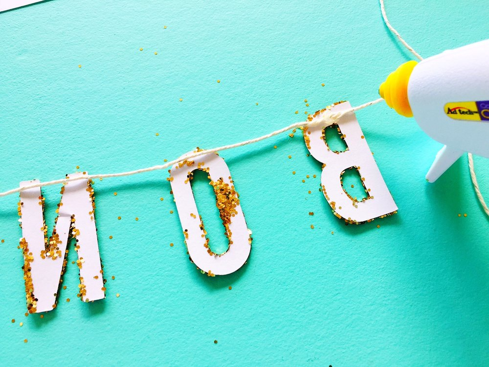 DIY Glitter Celebration Sign