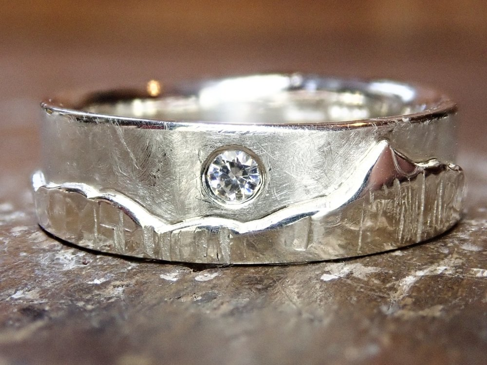 Snowden skyline ring