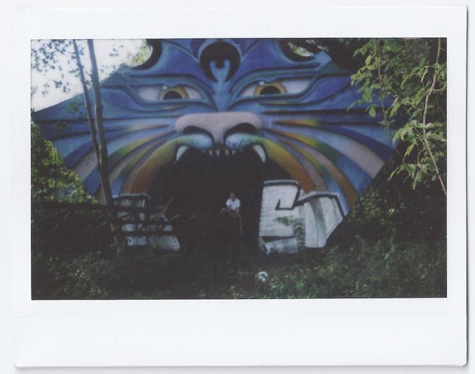 Kristos in Spree Park, Berlin | 2011 | FUJI Instax 210