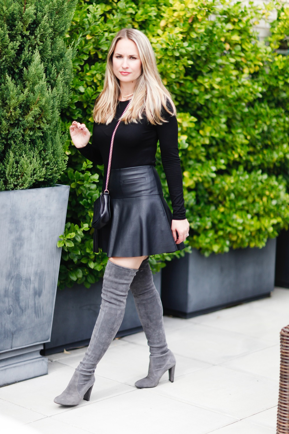 the knee boots leather skirt city luxe style
