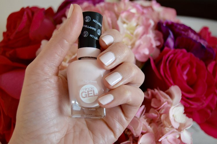 Things I Love: Sally Hansen Miracle Gel Nail Polish — City Luxe Style