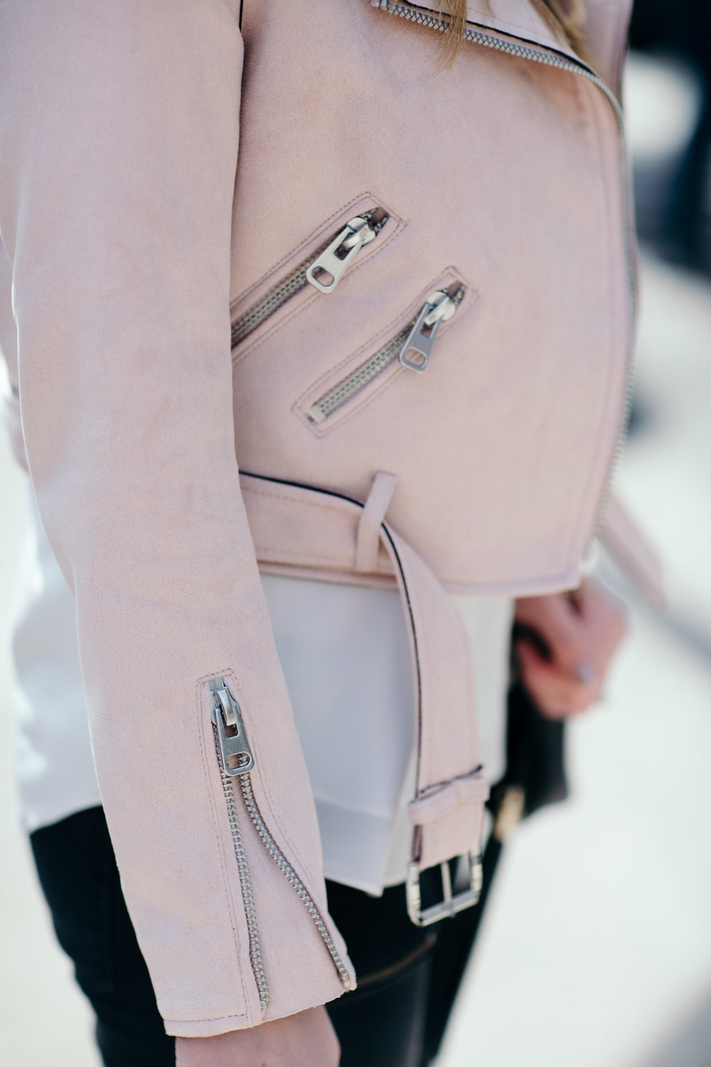 moto jacket zipper details