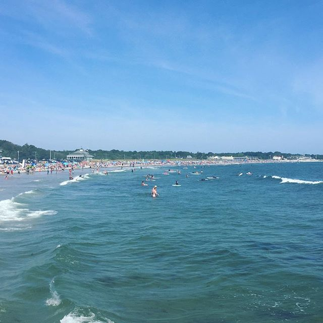 Don't want the weekend to end....☀️🌊 #rhodeisland #narragansettbeach