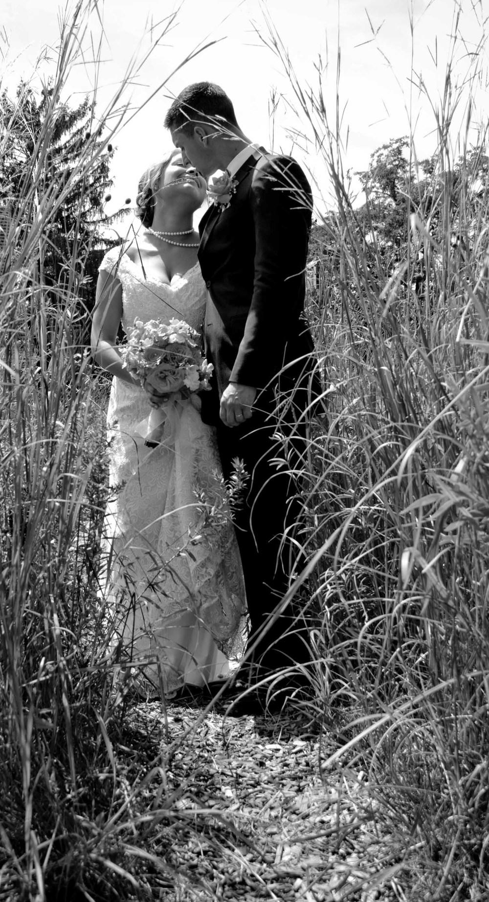 Tyler and Jen-319.jpg