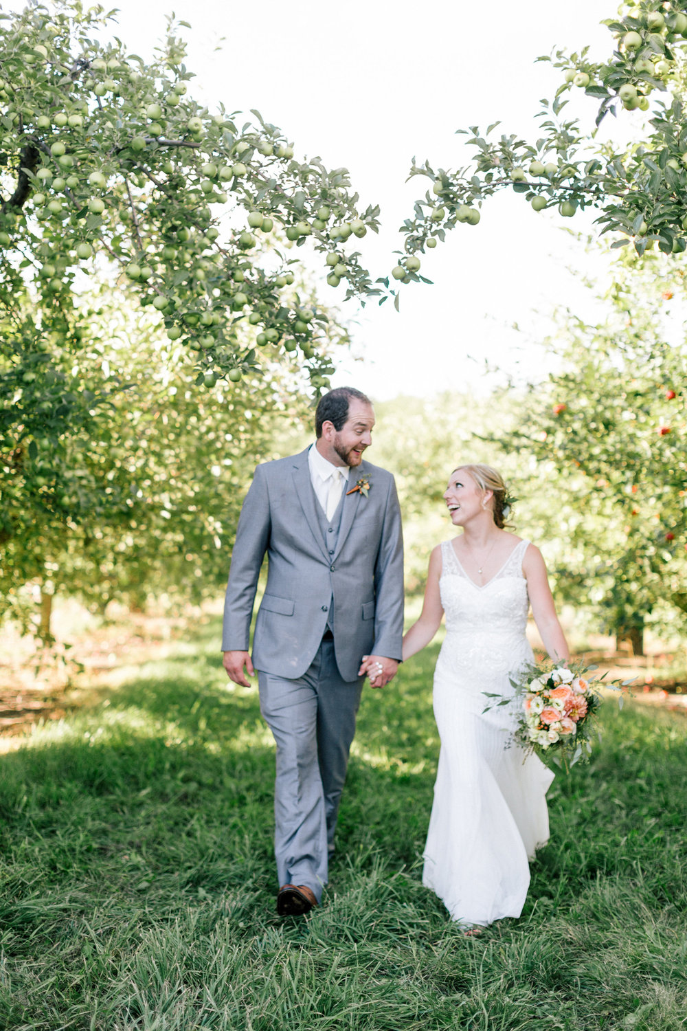 www.allisonhopperstad.com, Minnesota Wedding Photographer, Barn Wedding, Apple Orchard Wedding, Minnesota Harvest Apple Orchard, Summer Wedding, Outdoor Wedding, Wedding in the woods