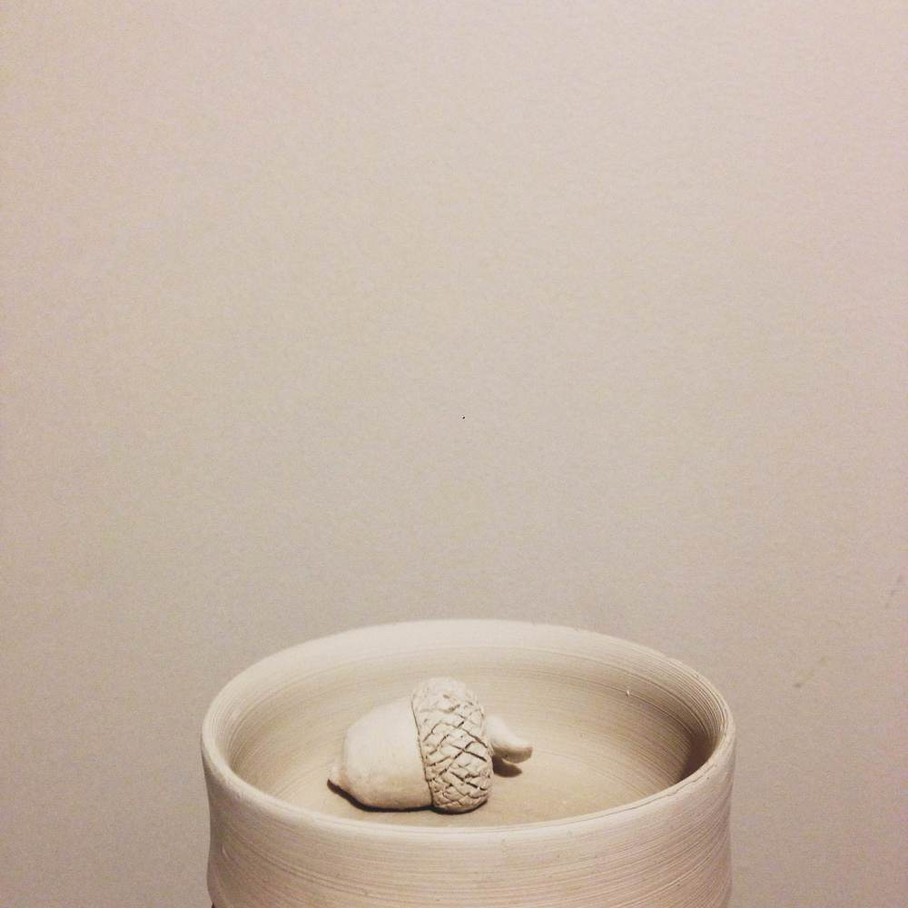 One of the first piece of tiny little jewellery bowls for my earrings and rings. it was evident that I wasn't able to pull up the wall of the clay by looking at this piece.
