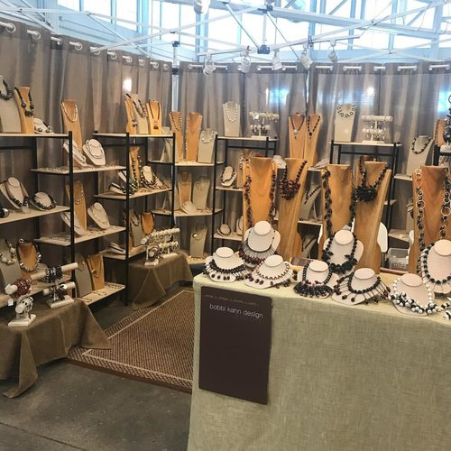 """My booth ready to welcome my """"bobbi kahners!"""""""