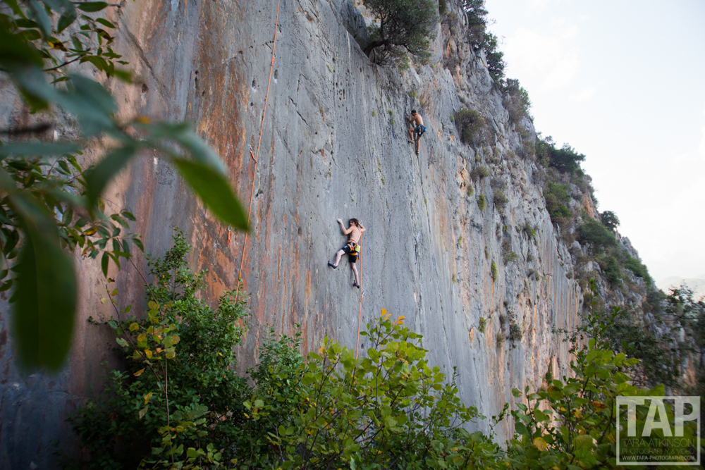 Dave Graham   working on reailsation an 8a+ at the Cennet wall in Olympos.