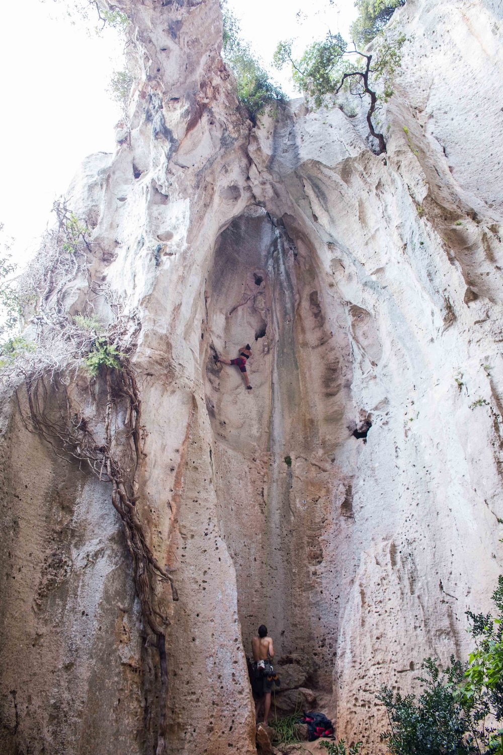 Thats me working on Bomolo a 6b in the grotto dell'edera, stunning route!