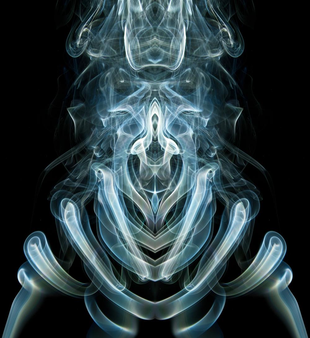 Smoke Alien