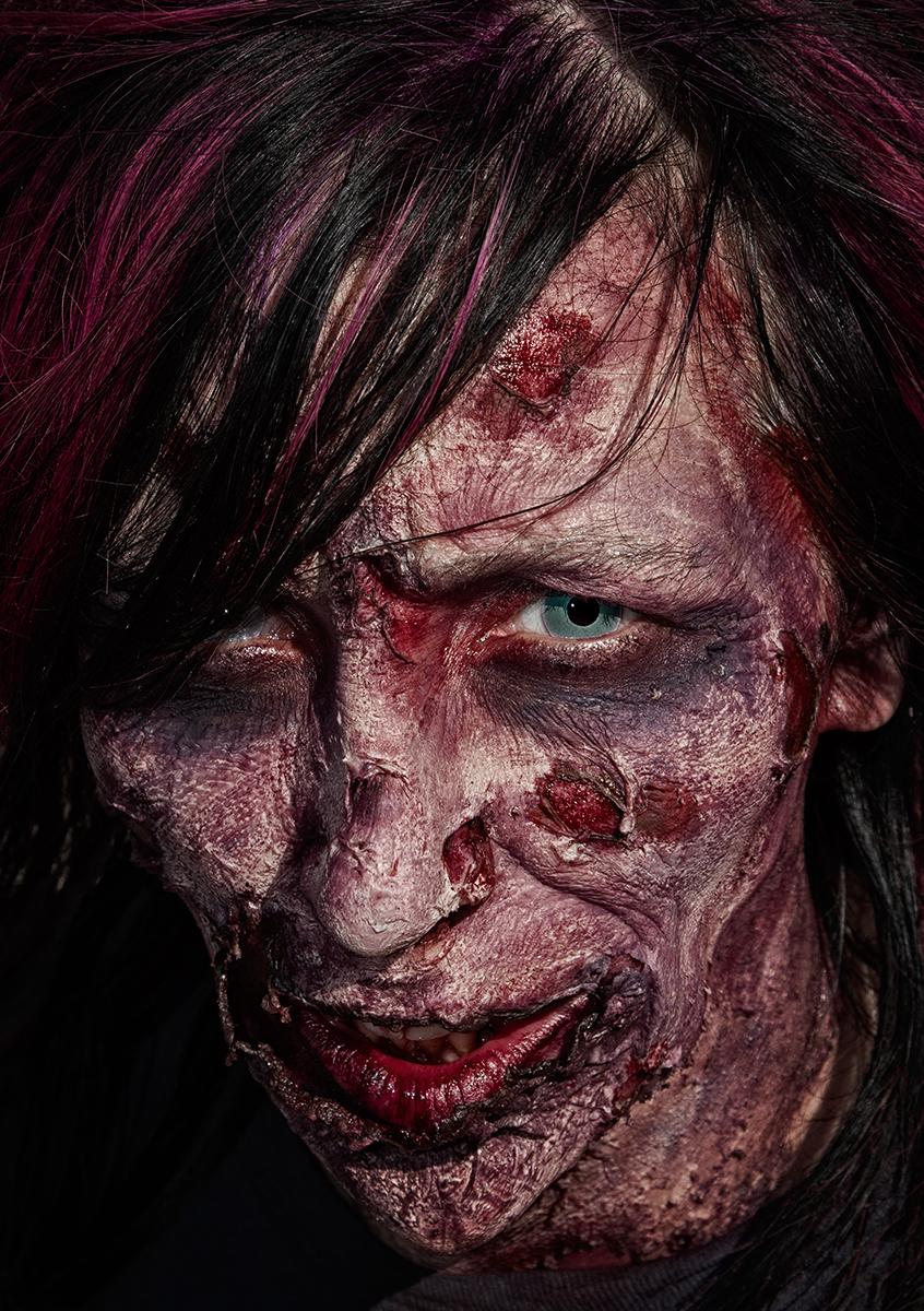 Victoria Zombie Walk 2013-7175.jpg