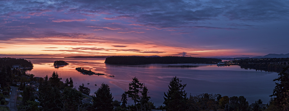 Panorama of Departure Bay at dawn