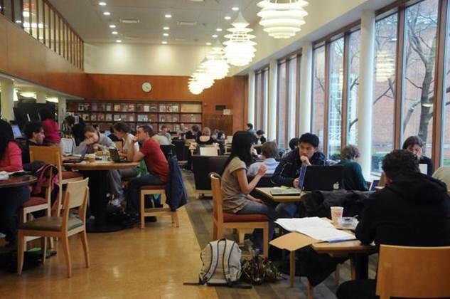 Lamont Library Café, Harvard University