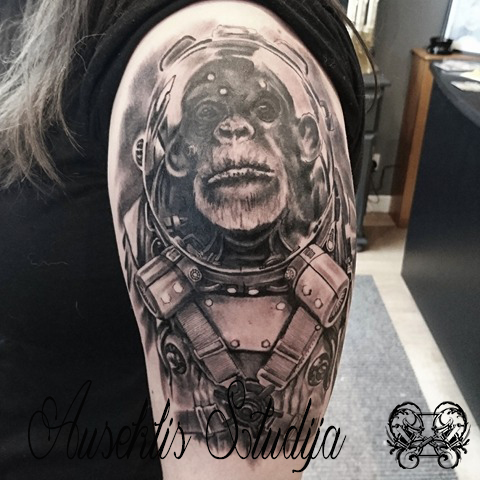 Evo Austronaut chimp upper arm.jpg