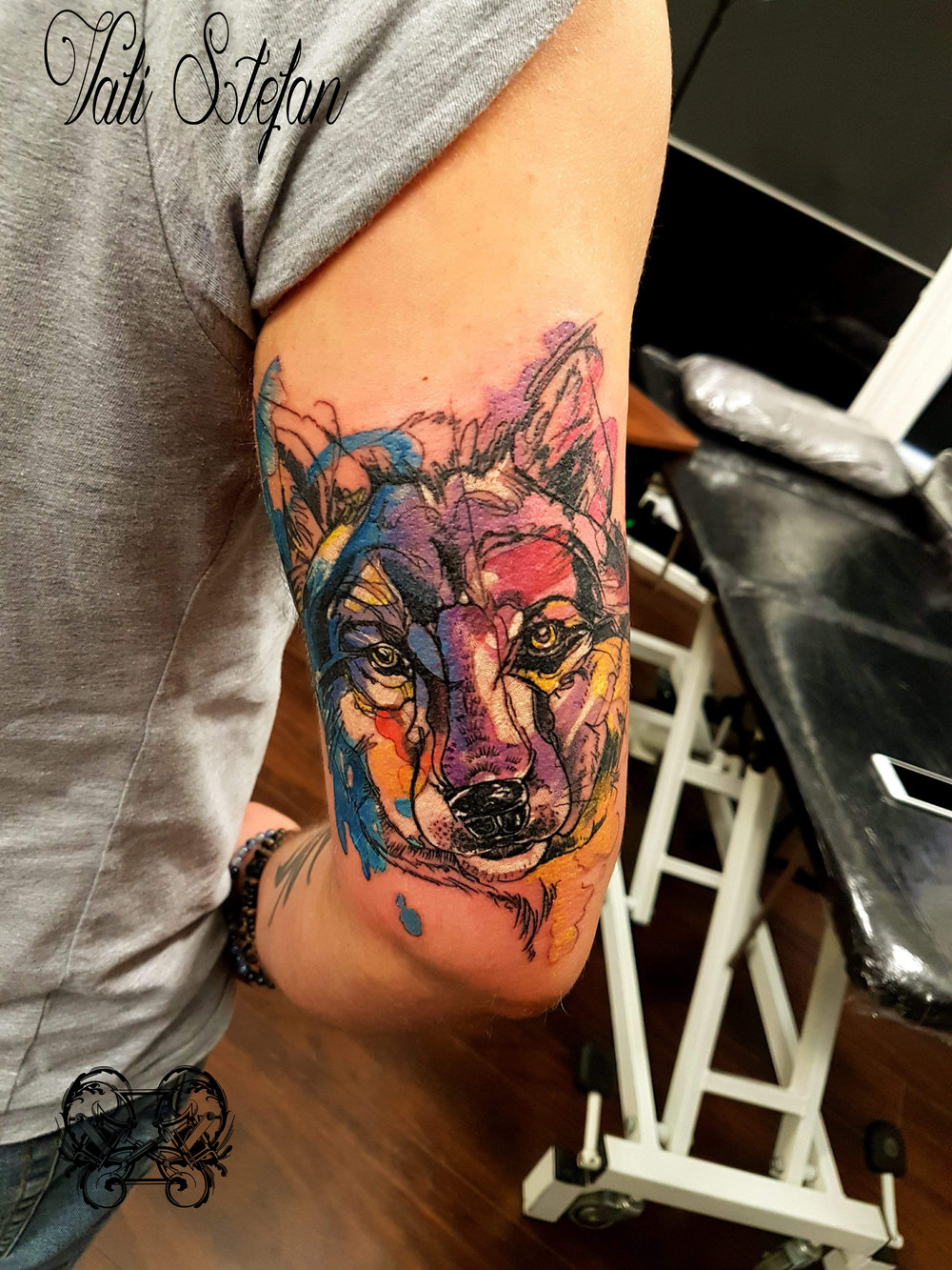 Vali watercolour wolf.jpg