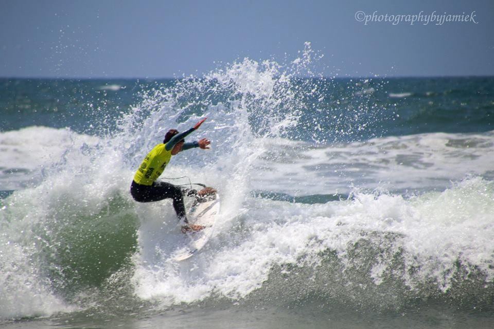 surfer 2.jpg
