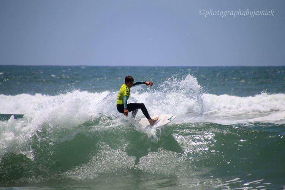 surfer 3.jpg