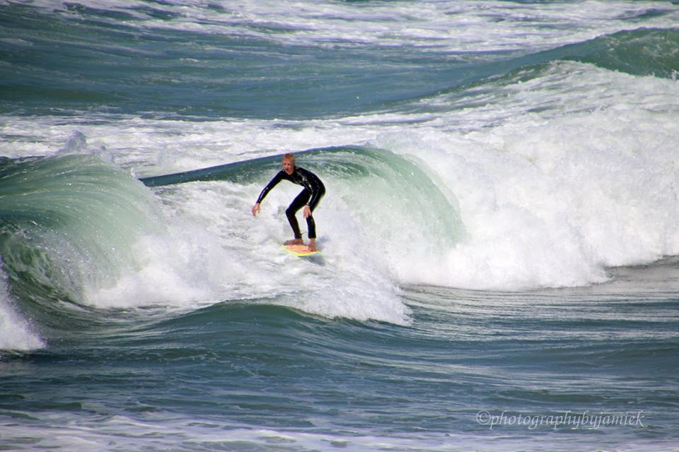 surfer 9.jpg