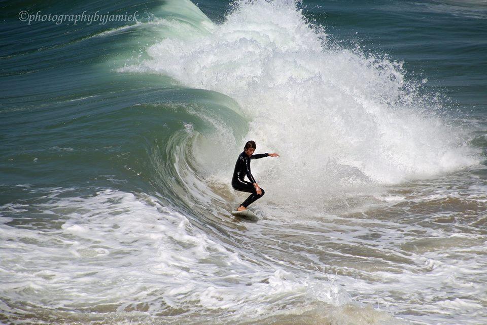 surfer 11.jpg