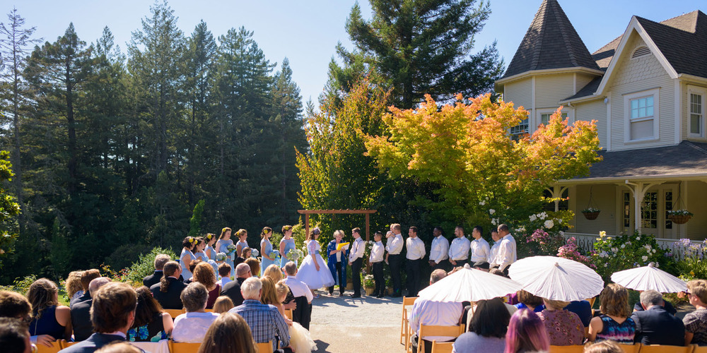 Shot of whole ceremony - Private Estate wedding in Sebastopol, CA - by Bay Area wedding photographer Chris Schmauch