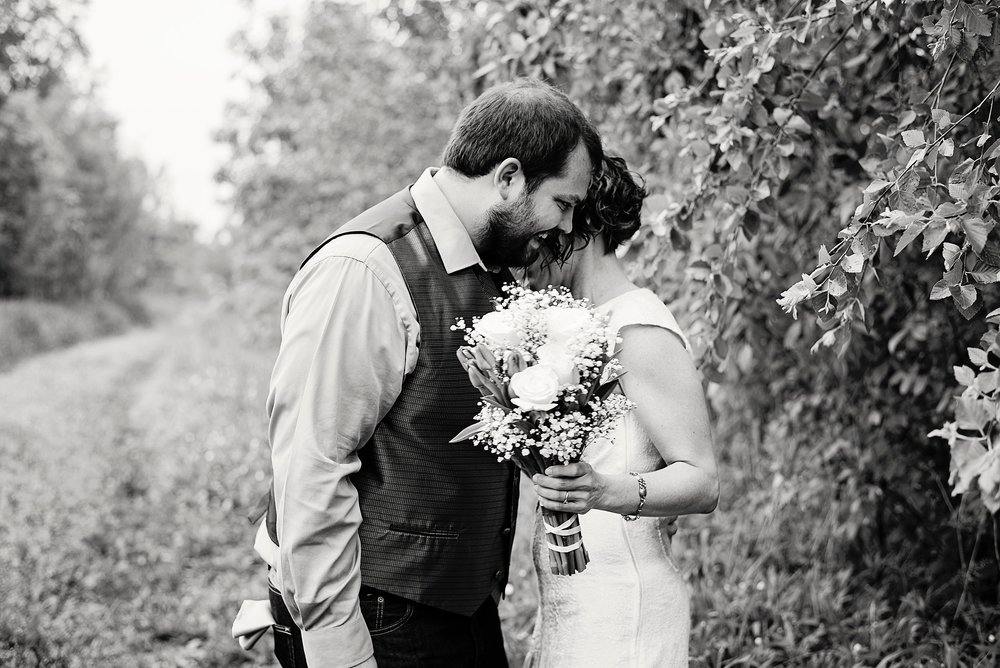 Iowa Farm and Country Wedding Photographer