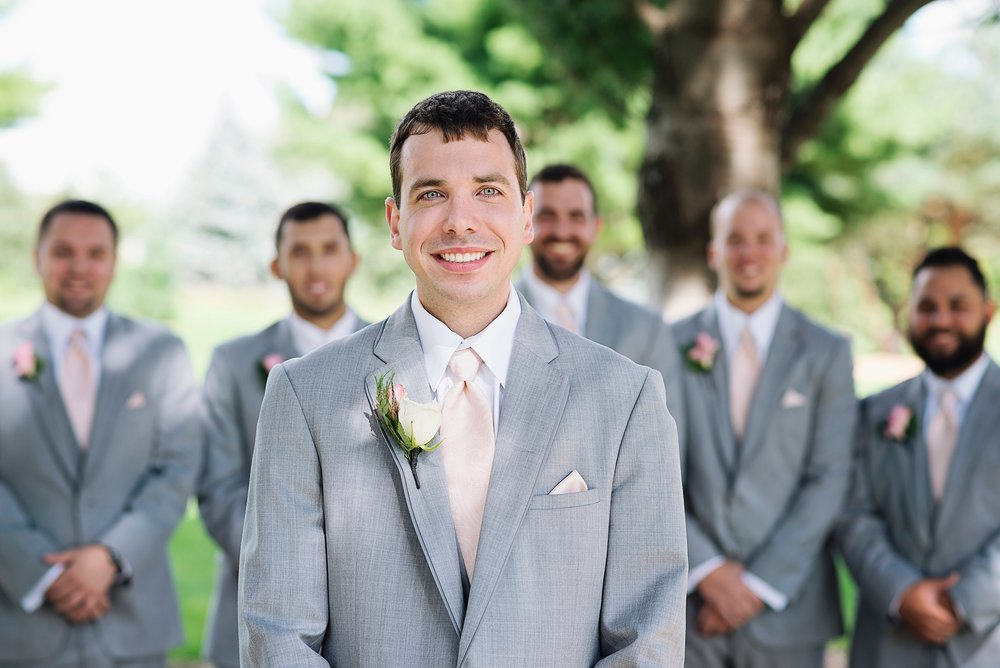 Cedar Rapids Spring Wedding in Marion