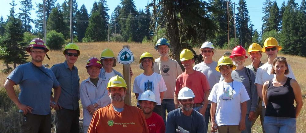 Volunteers at the 2013 National Public Lands Day.
