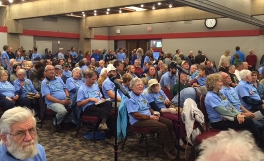 Blue shirt supporters at Cascade-Siskiyou National Monument expansion hearing. 2016 PHOTO  ©    T Dickey