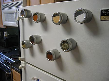 refrigerator-magnetic-spices.jpg