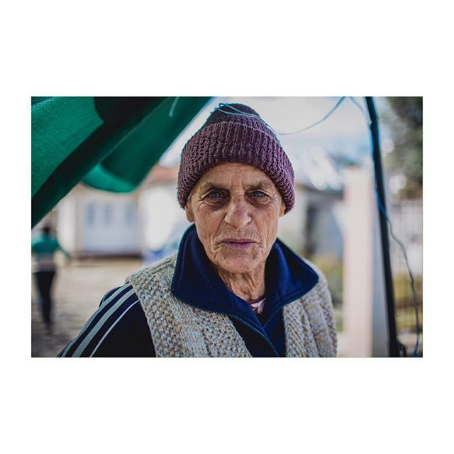 & the face that accompanies those hands. beautiful, such beautiful faces in Transylvania. #farmer #portrait #travel #35mm #farmedit #badassgranniesofig