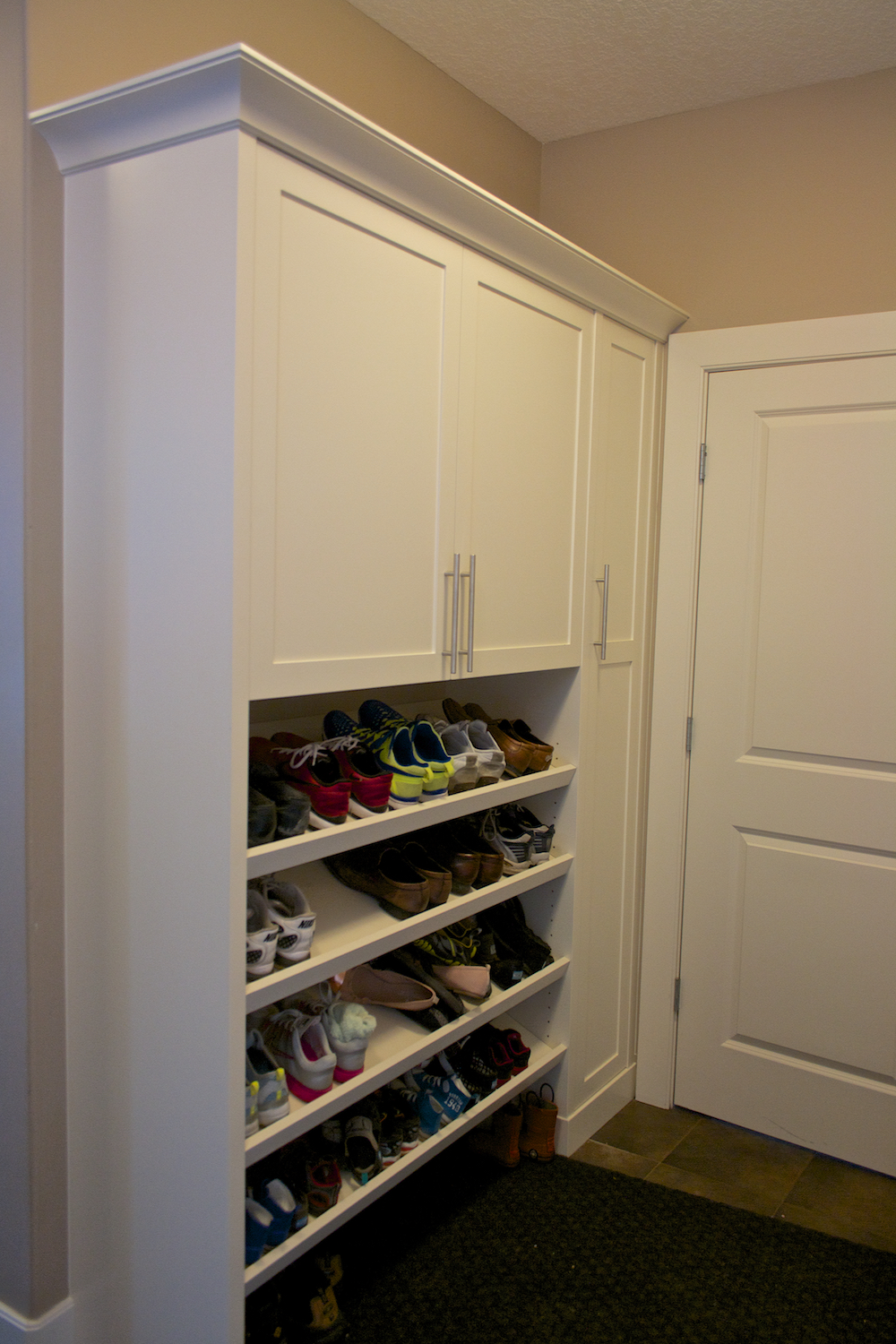 Mudroom Shoe Shelf.jpg