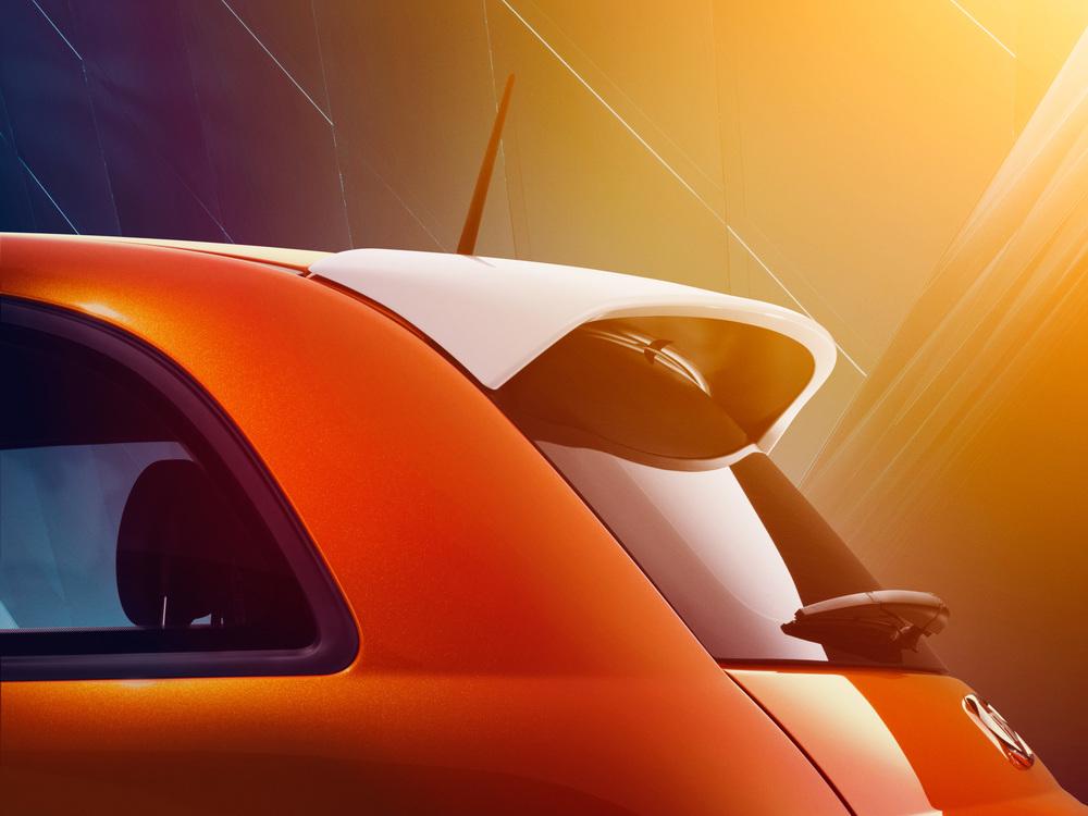 F13_500E_Orange_Spoiler_3-4_Side_Static_0687_FINAL_R3.jpg
