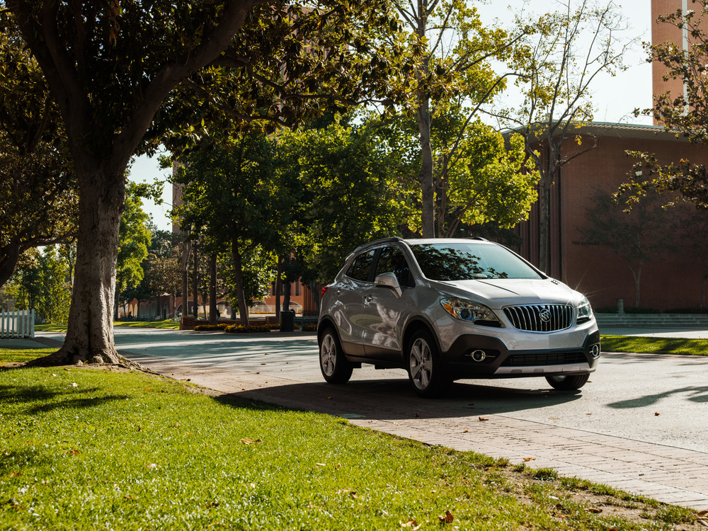 Buick_Encore_College_LOC1_car_0052.jpg