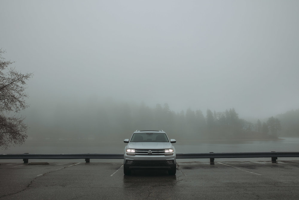 09_VW_Atlas_Lakeside_Parking_Lot_0177_edit.jpg